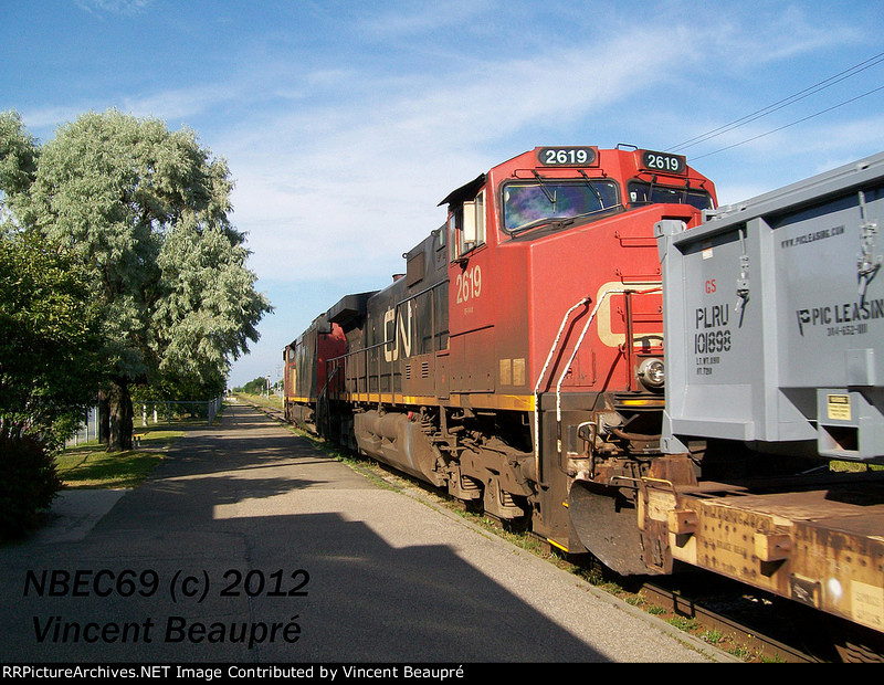 CN 2619 on the 402 East